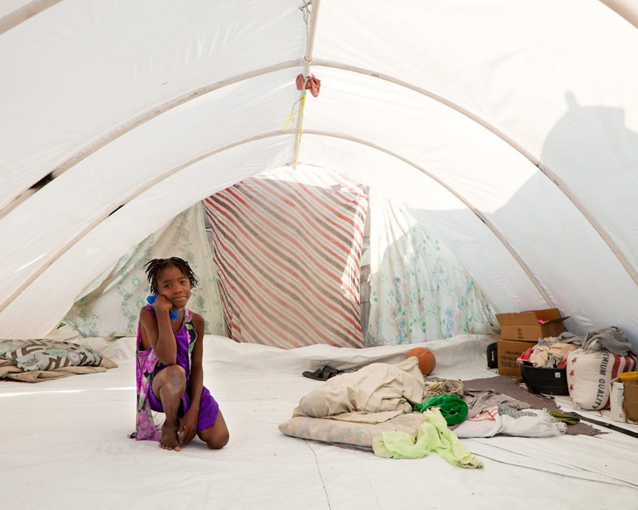& Tent Life (10 Photos)   PDN Photo of the Day